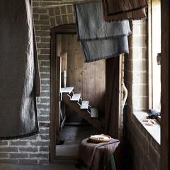 LAINE towels