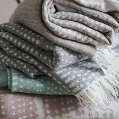LK MESI blankets