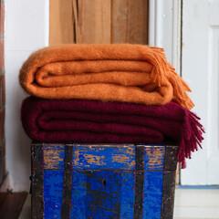 SAAGA UNI mohair blankets