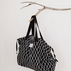 Eskimo bag white-black