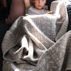 KUURA blanket beige-white