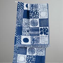 TAKKI blanket/ tablecloth white-blueberry