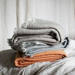Sara blankets