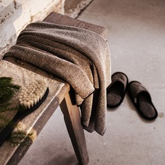KIVI towel black-linen