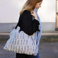 RUUSU x HVITTRÄSK bag white-grey