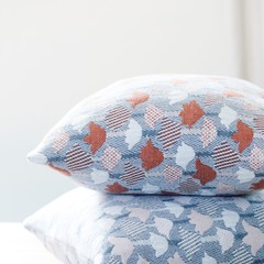 Lapuan Kankurit Tulppaani cushion cover