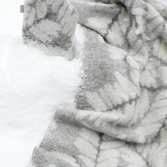VERSO blanket grey-white