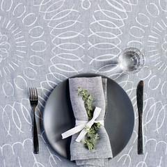 MUOTO tablecloth white-grey
