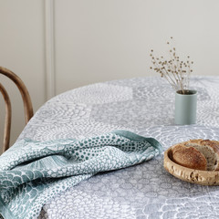 RUUT blanket / tablecloth and cushion cover white-grey