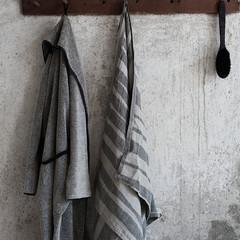 TWISTI towel linen-black