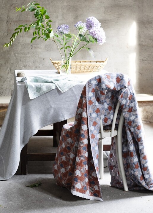 lapuan kankurit KASTE tablecloth grey-white