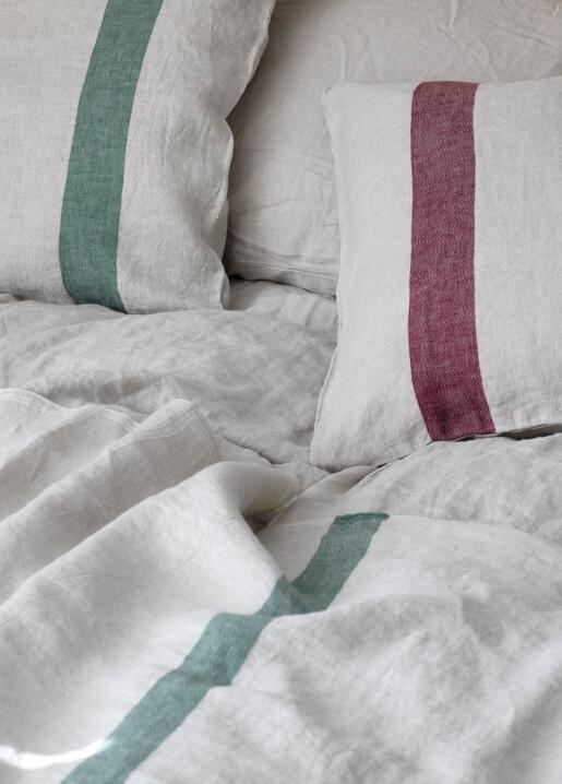 lapuan kankurit USVA cushion cover and USVA blanket